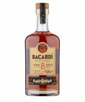 Bacardi 8Y 0,7l (40%)